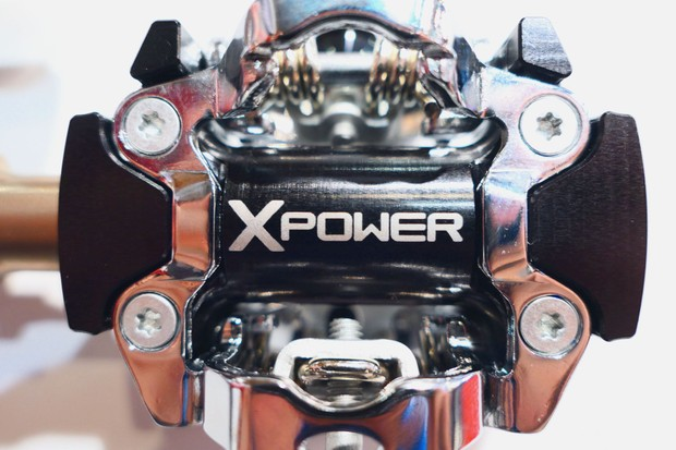 MTB power meter pedal axle