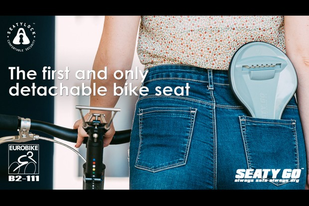 The seat part of the SeatyGO detaches in a matter of seconds