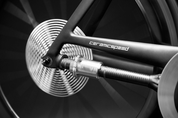 Chainless bike drivetrain