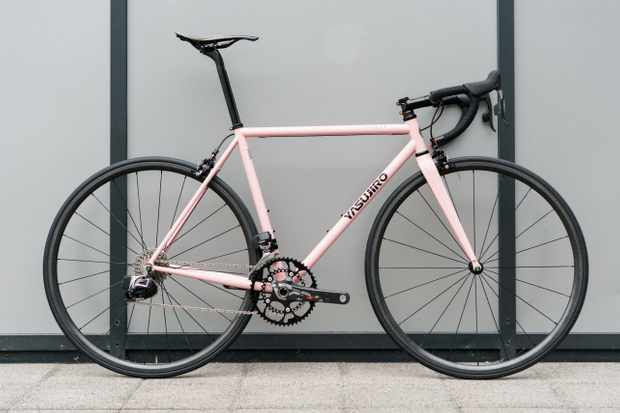 Yasujiro Svelte the world's lightest steel road bike