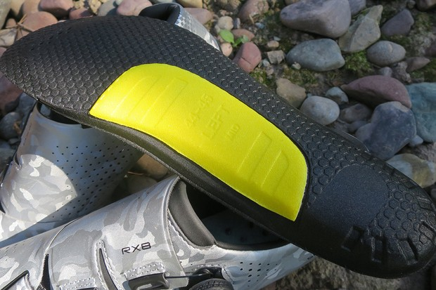 Interchangeable arch insole Shimano RX8 gravel shoe