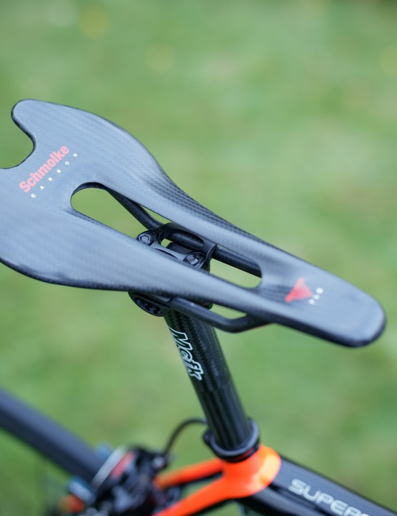 Schmolke's TLO carbon saddle weighs a mere 62g. Andrew says that, thanks to its shape, it's surprisingly comfortable.