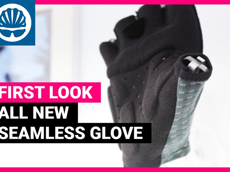 New seamless glove technology and women's chamois pads from Elastic Interface