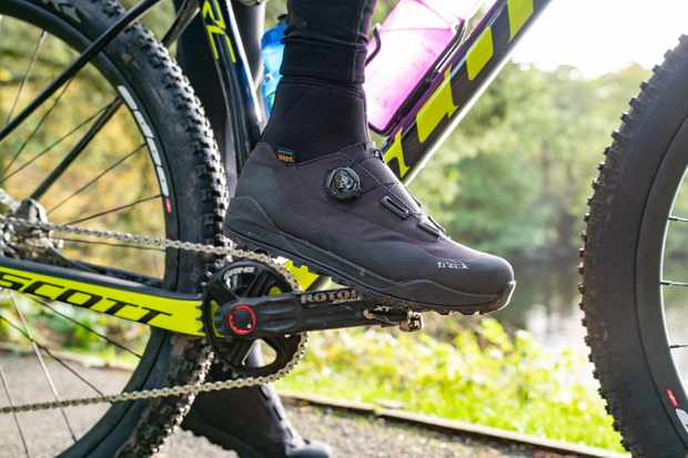 Fizik Terra Artica X2 shoes