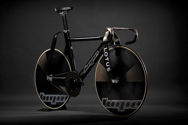 Hope/Lotus British Cycling bike HB.T track bike for 2020 Tokyo Olympics