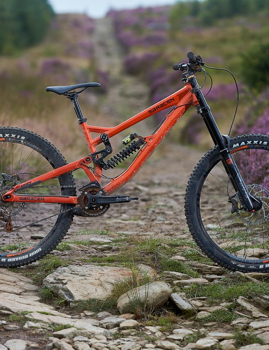 side view of saracen myst full suspension mountain bike