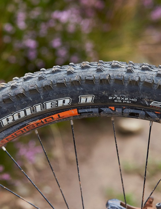 maxxis tyre on kore torsion wheel full sus mountain bike