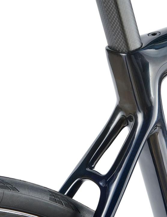 seatstays on blue grey road bike