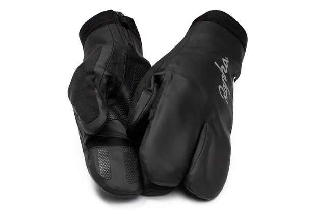 Rapha lobster claw overmitts