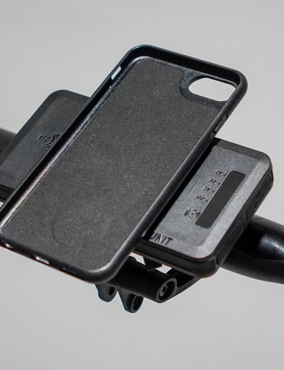 SKS Compit+ smart phone holder