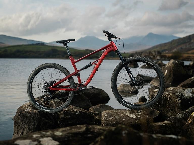 Best Mountain Bikes Under 1000 2021 The best mountain bikes under £1,000   BikeRadar