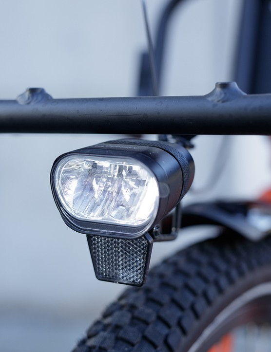Spanninga PR60 48V front light on electric cargo bike