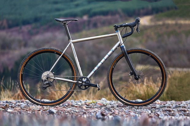 Pack shot of the Reilly Gradient road gravel bike