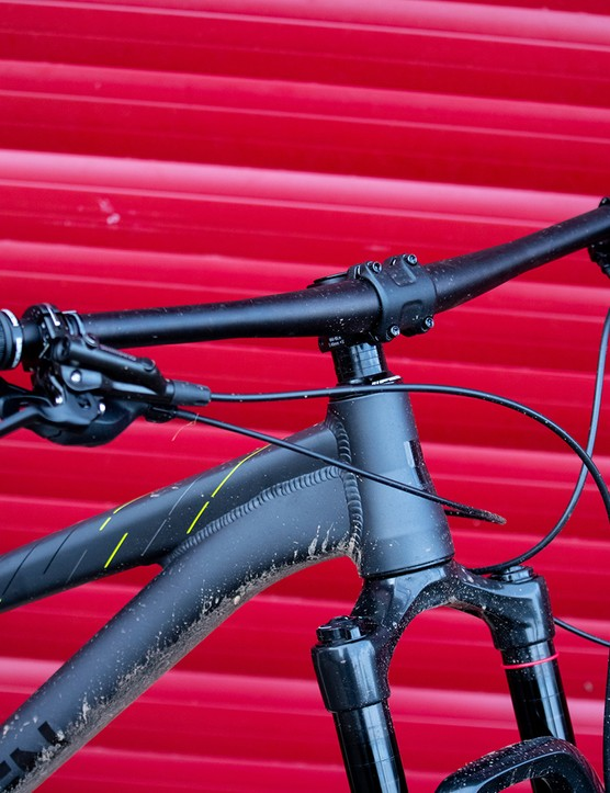 Saracen OS 6061 DB Alloy bar with Shimano brakes and SRAM Shifter