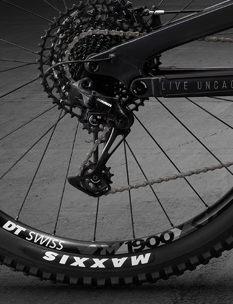 DT Swiss M1900 wheels with Maxxis tyres on full suspension mountain bike