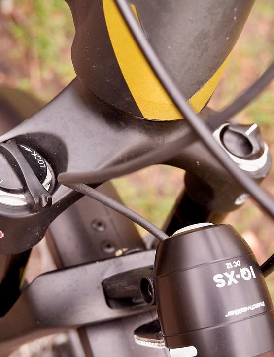 SR Suntour NCX E air sprung fork on the Bergamont E-Horizon Expert 600 Gent