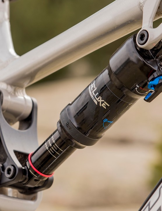 RockShox Deluxe Select+ rear shock on the Bird Aether 7
