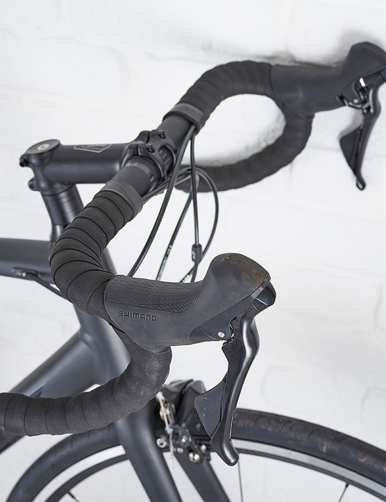 Giant Connect bar on Giant Contend SL1 road bike
