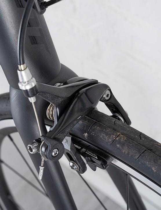 Tektro TK B178 rim brakes on the Giant Contend SL1 road bike