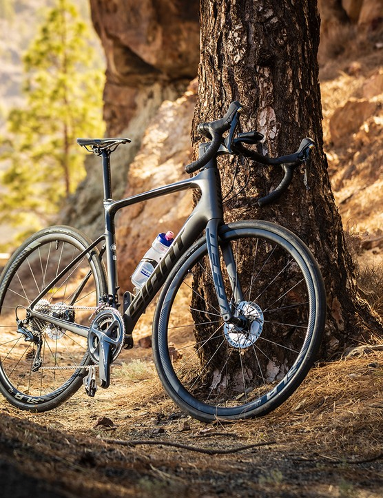 Giant Defy Advanced Pro 2, Endurance Bike of the Year 2020