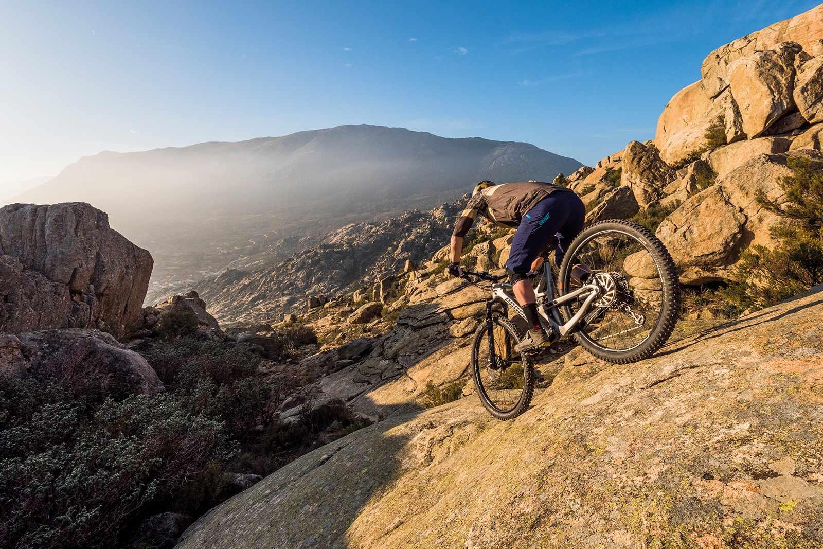 Propain Hugene, full suspension mountain bike