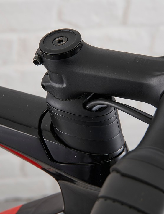 Bontrager Pro stem on the Trek Madone SL6 Disc