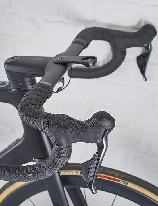 HollowGram SystemBar SAVE carbon bar on the Cannondale SuperSix Disc Evo Di2