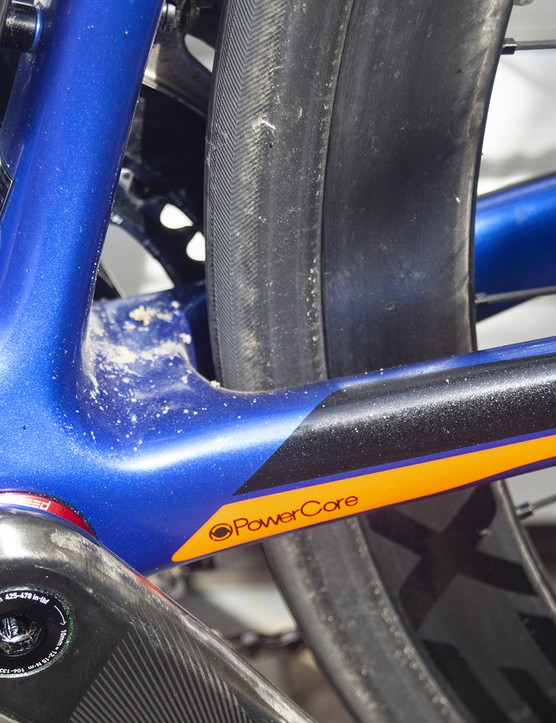 Bottom bracket on the 2020 version of the Giant TCR Advanced SL