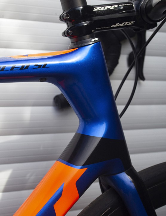 Headtube on the 2020 version of the Giant TCR Advanced SL