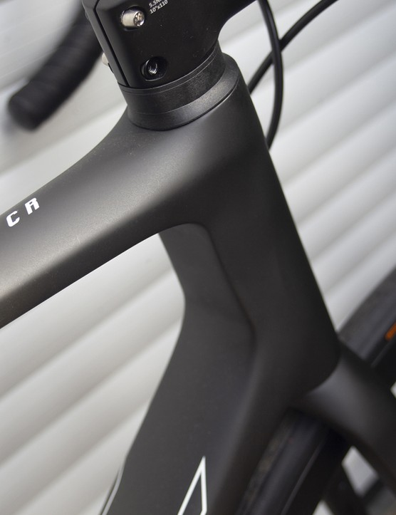 Headtube on the 2021 version of the Giant TCR Advanced SL