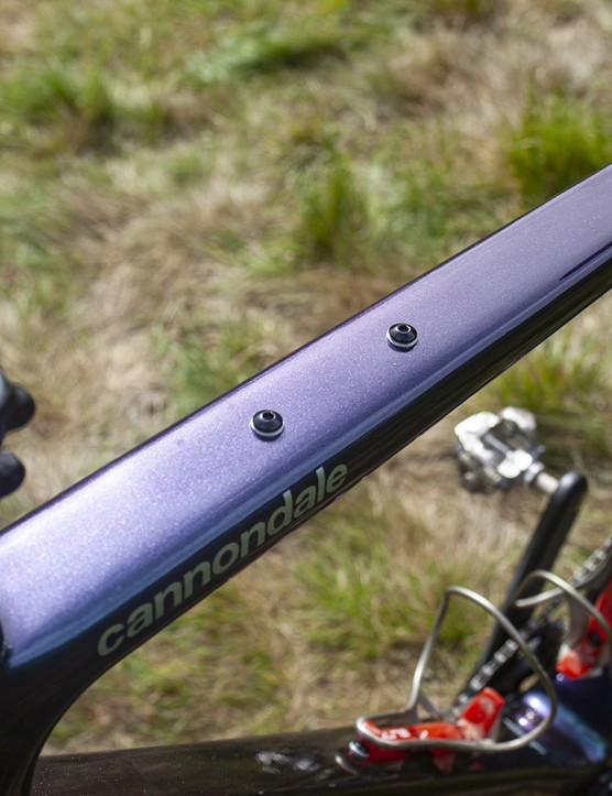 Top tube on the Cannondale Topstone Lefty 1