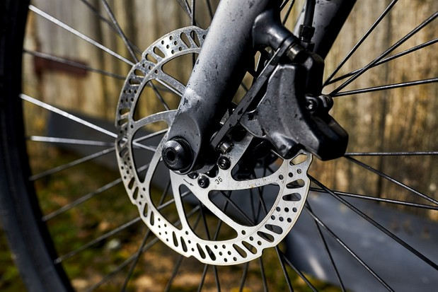 Tektro disc brakes on an electric urban/road bike