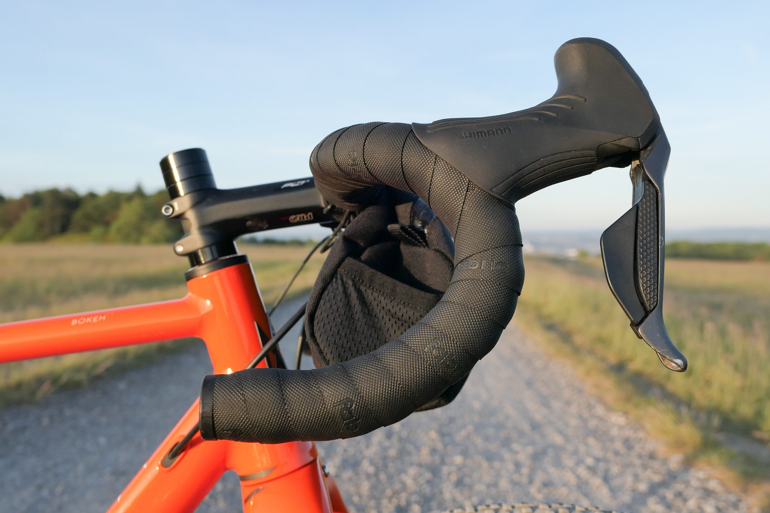 Outeredge Trail Mountain Bike Cycling Gloves Long Finger Breathable Rubber Grip