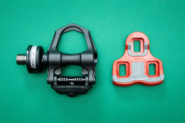 Favero Assioma Duo powermeter pedal and cleat