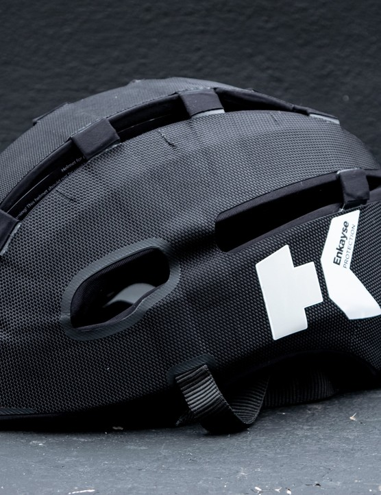 Headkayse helmet side profile in black