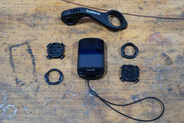 Garmin Edge 830 GPS bike computer and mounting hardware
