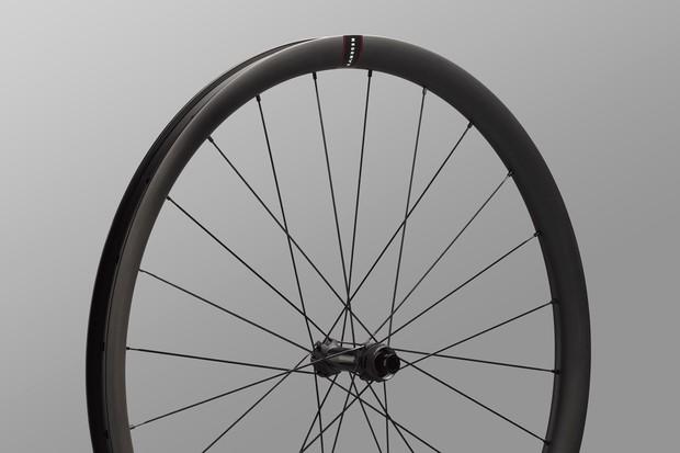 Reserve 32 gravel wheel