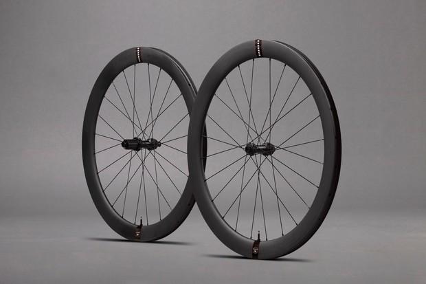 Reserve 50 road wheels