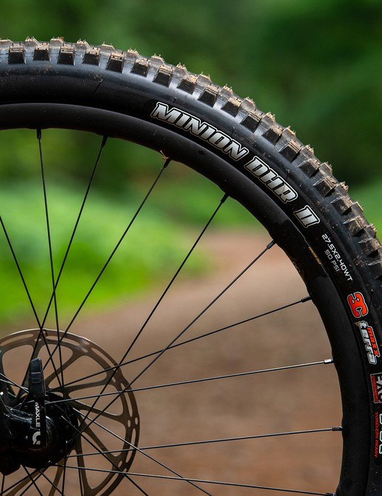 Maxxis Minion DHRII tyres on the Santa Cruz 5010 CC X01 RSV full suspension mountain bike