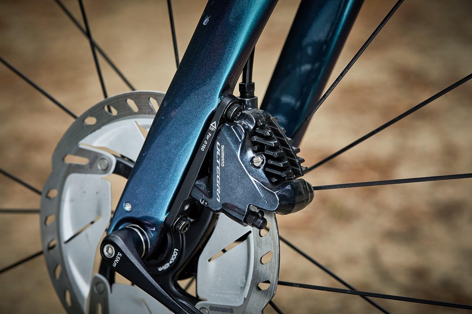 Shimano Ultegra hydraulic disc brakes on the Liv Avail Advanced Pro 2