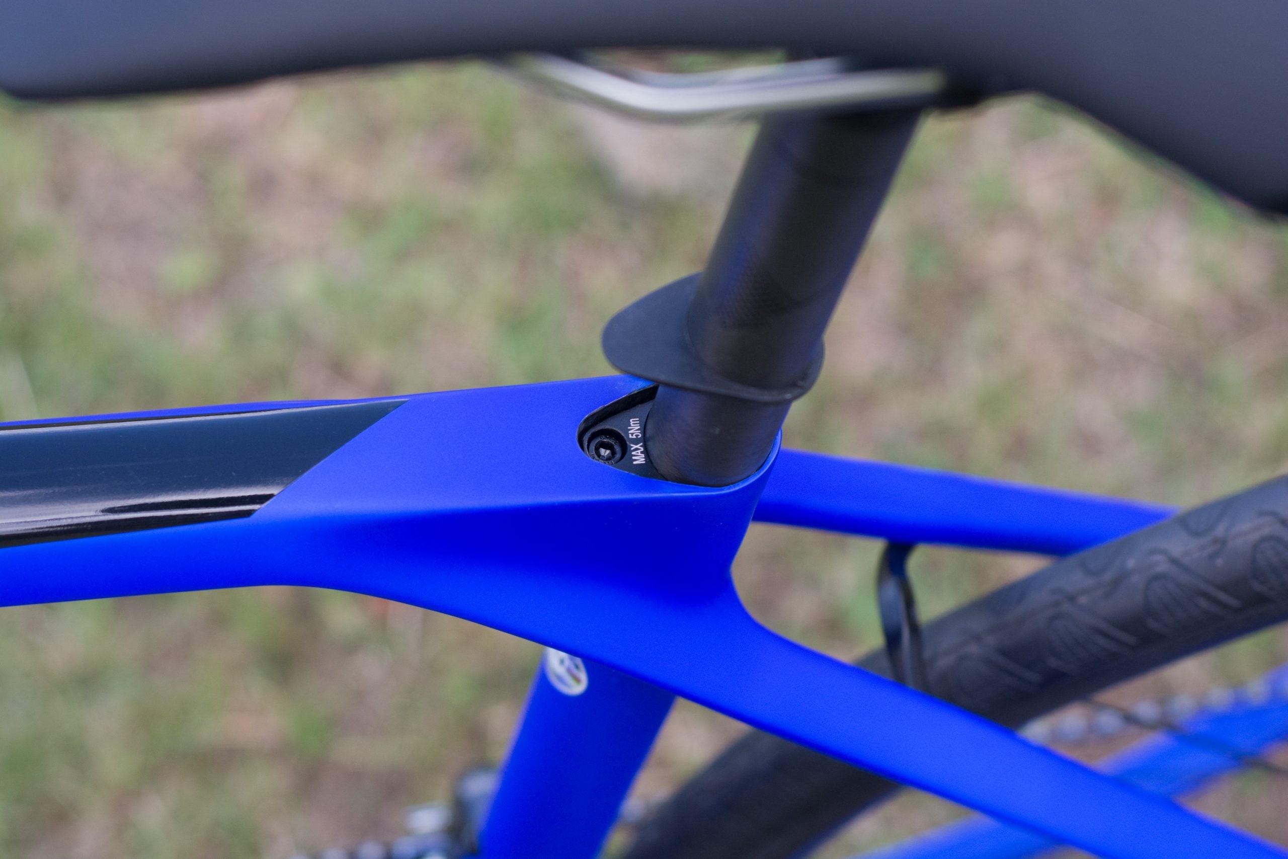 Hidden seat clamp
