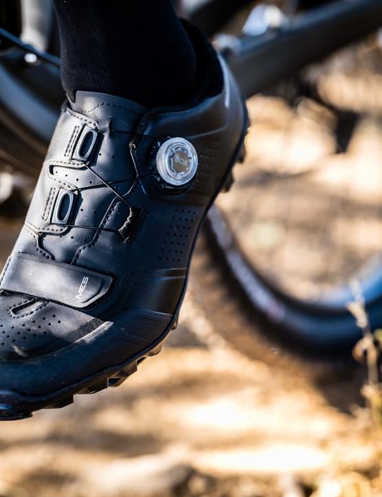 Shimano ME5 shoes