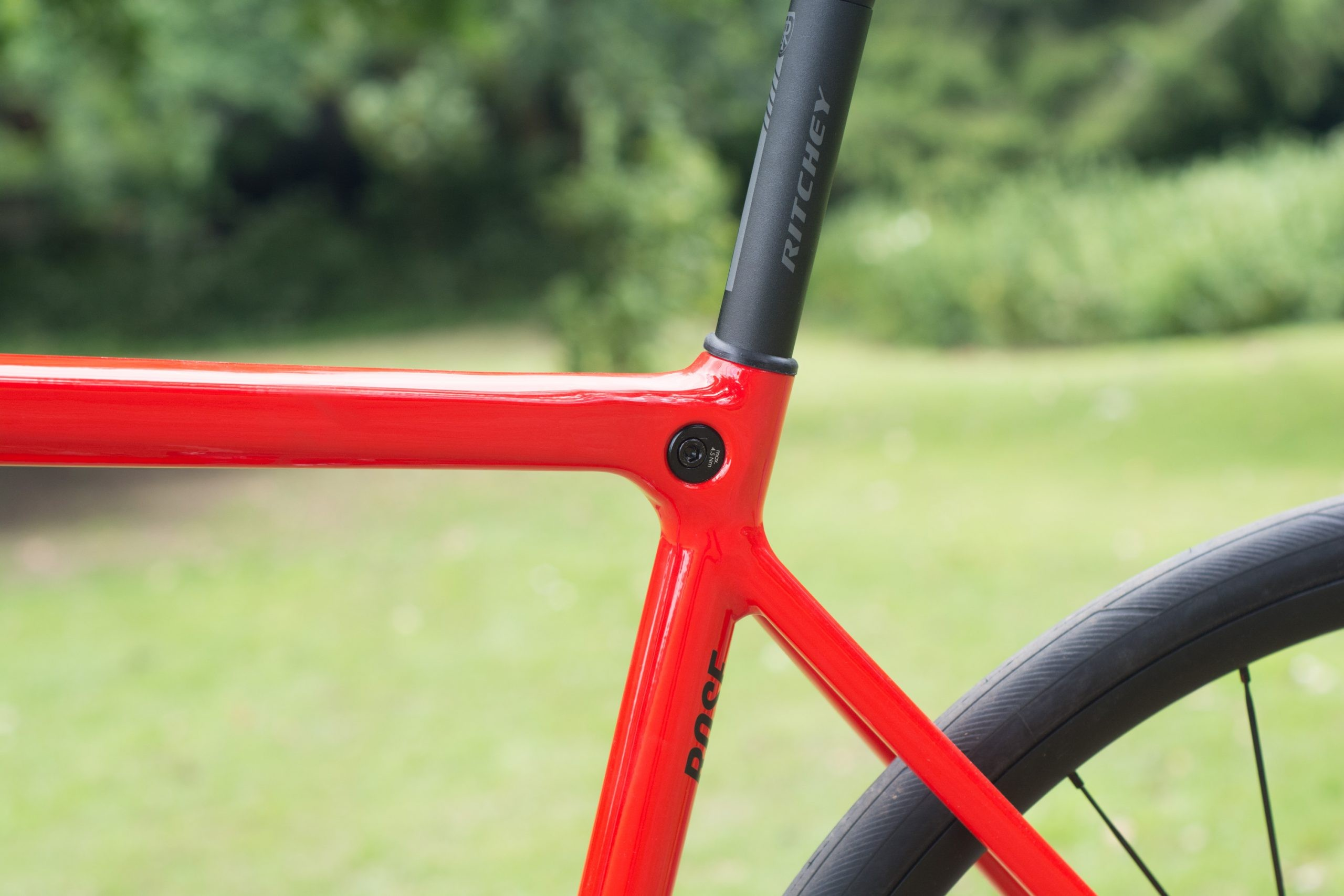The new seat clamp design is very tidy.