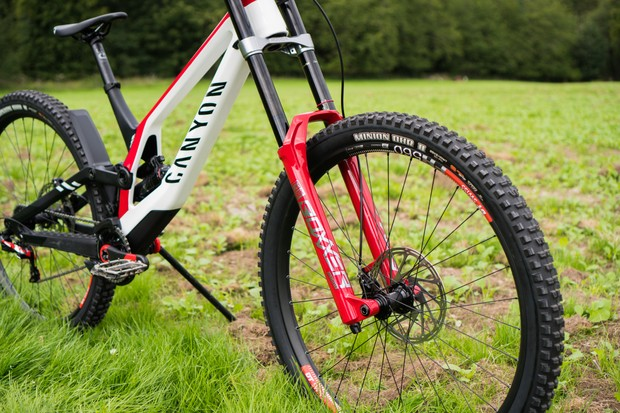 Canyon Sender CFR downhill mountain bike