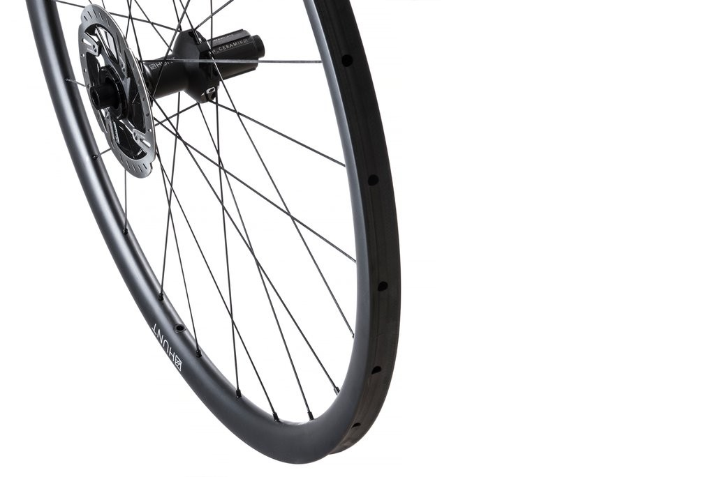 HUNT-30-Carbon-CX-Tubular-Wheelset-Hero-Right_1024x1024 (1)