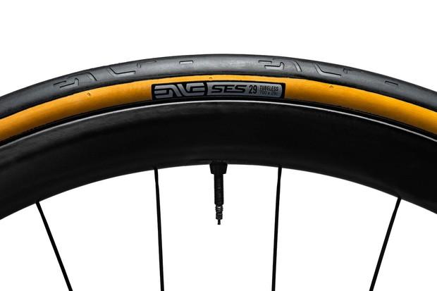 Enve SES tyre black 29c