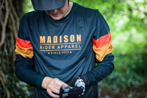 Madison Alpine long-sleeve mountain bike jersey