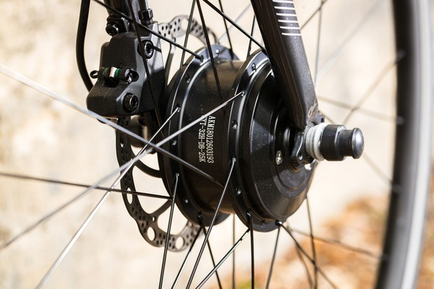 Cytronex electric assistance system on a Cannondale Quick 4 Disc road bike