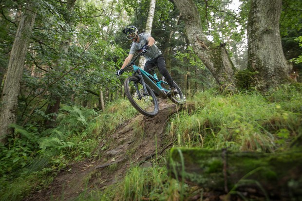 Canyon Spectral:ON CF 7.0 electric mountain bike