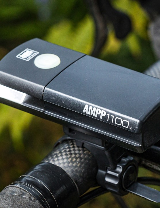 Cateye AMPP 1100 road cycling front light